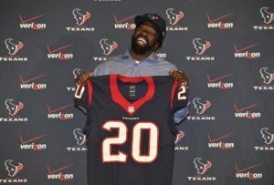 El profundo Ed Reed, luego de ser campeón con los Ravens, con sus últimos cartuchos reforzará la defensa de los Texans para intentar llegar al Super Bowl.