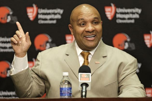 El cargo de entrenador en jefe no es nuevo para Hue Jackson: en 2011 estuvo a cargo de los Raiders.
